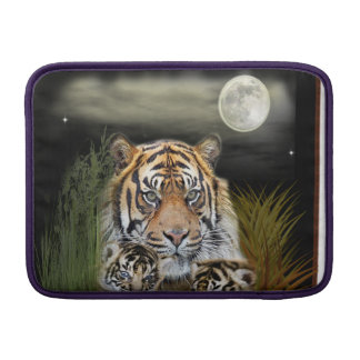 Tiger and cubs sleeve for MacBook air