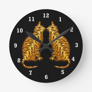Tiger Cats Round Clock