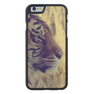 Tiger Face Aside Special Light Effect Vintage Carved Maple iPhone 6 Slim Case