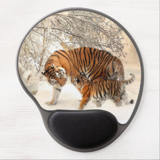 Tiger family in winter gel mouse pad