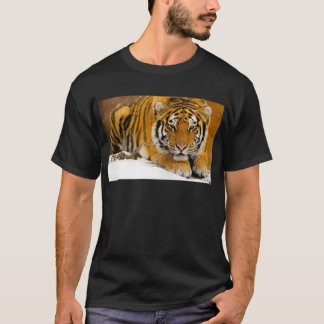 TIger in the Snow Ready to Attack T-Shirt