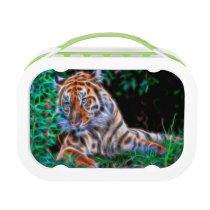 Tiger on the green and blue grass lunch box