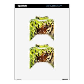 Tiger Peers Behind A Leaf Xbox 360 Controller Skin
