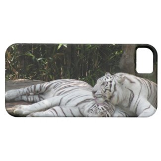 Tigers iPhone 5/iPhone 5S Barely There™ Case