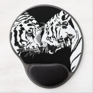 tigers meet gel mousepad