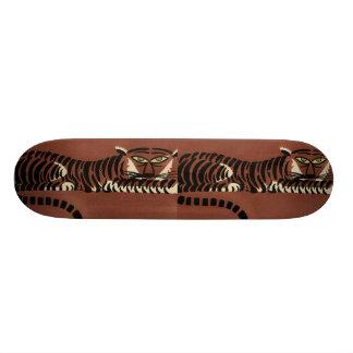 Tigre - anticuario, ejemplo de libro colorido tabla de skate