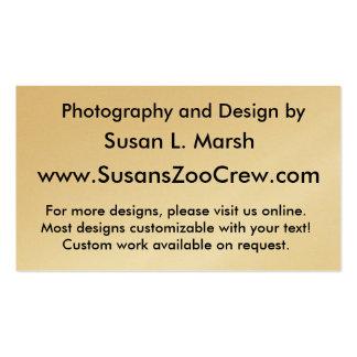 Tigre blanco contra la fotografía que camina del a tarjeta de negocio