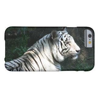 Tigre blanco funda para iPhone 6 barely there