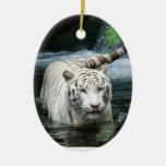 Tigre blanco ornamento para arbol de navidad