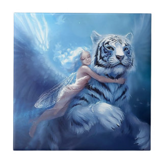 Tigre blanco que vuela con ángel azulejo cuadrado pequeño