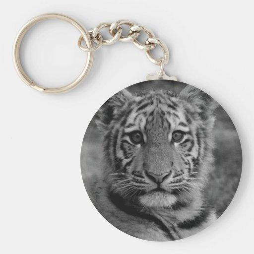 Tigre Cub de Amur (blanco y negro) Llavero