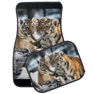 Tigre Cubs en el juego Alfombrilla De Coche