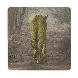 Tigre de Bengala en el bosque en Ranthambore Posavasos De Puzzle