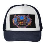 Tigre de Bengala salvaje en gorra de béisbol de la