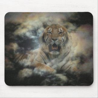Tigre de la nube mousepad