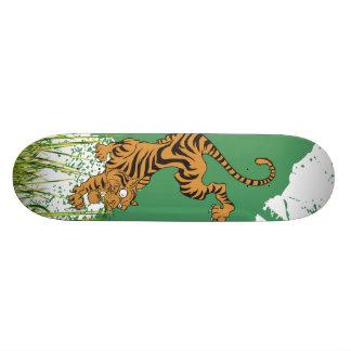 Tigre de la selva monopatín personalizado