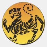 Tigre de Shotokan - oro Pegatina Redonda