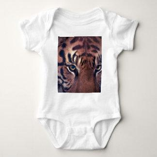 Tigre de vagabundeo mameluco de bebé