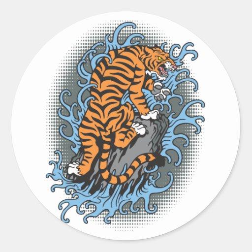 Tigre del agua pegatina redonda