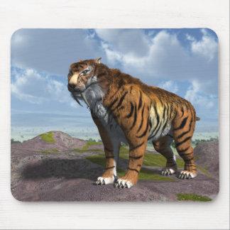 Tigre del diente del sable tapete de ratón