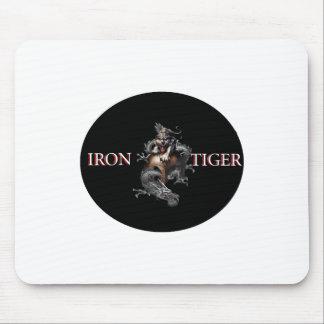 Tigre del hierro tapete de ratón
