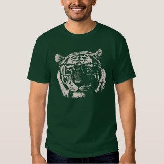 Tigre del inconformista con los vidrios polera