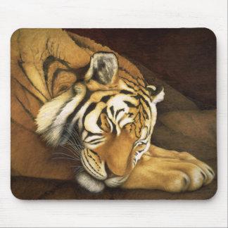 tigre el dormir alfombrilla de raton