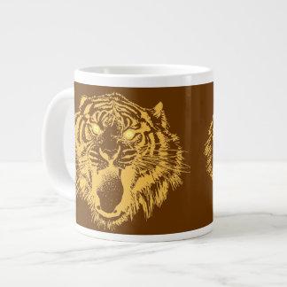 Tigre el gruñir en naranja con los ojos amarillos taza de café gigante