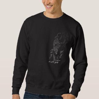 Tigre en la camiseta del negro del vagabundeo suéter