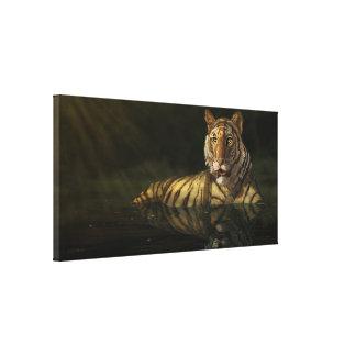 Tigre en la pintura digital del agua lona envuelta para galerias