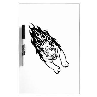 Tigre en llamas pizarras blancas de calidad