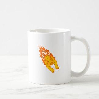 Tigre en llamas taza