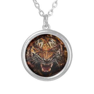 Tigre enojado que rompe Yelow de cristal Colgante Redondo