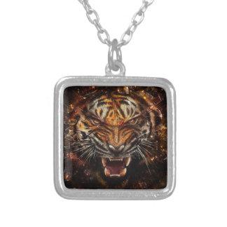 Tigre enojado que rompe Yelow de cristal Colgante Cuadrado