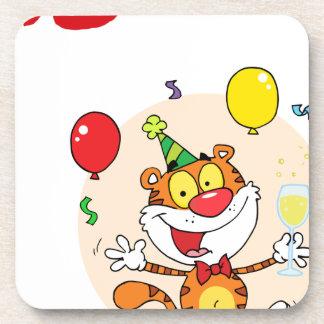 Tigre feliz en fiesta posavasos de bebidas