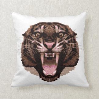 Tigre feroz almohada