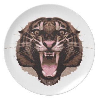 Tigre feroz plato de cena