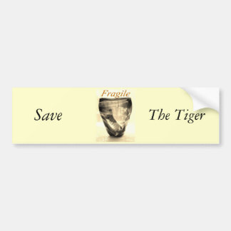 Tigre frágil etiqueta de parachoque