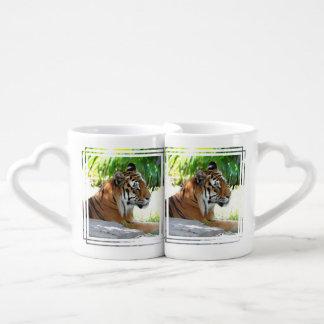 Tigre joven tazas para parejas
