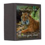Tigre orgulloso caja de recuerdo de calidad