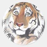 Tigre pensativo etiquetas redondas