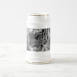 Tigre rayado salvaje blanco y negro jarra de cerveza
