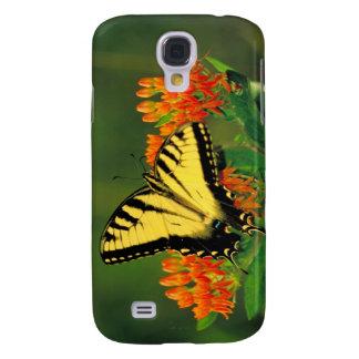 Tigre Swallowtail en mala hierba de mariposa Funda Para Samsung Galaxy S4