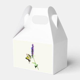 Tigre Swallowtail en Salvia púrpura Caja Para Regalo De Boda