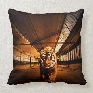 Tigre urbano almohadas