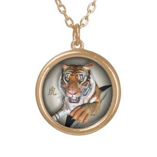 Tigre y colgante chino del símbolo