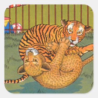 tigre y leopardo que luchan pegatina cuadrada