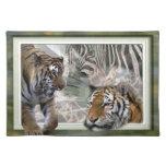 Tigres, cebra, jirafa, selva primitiva manteles individuales