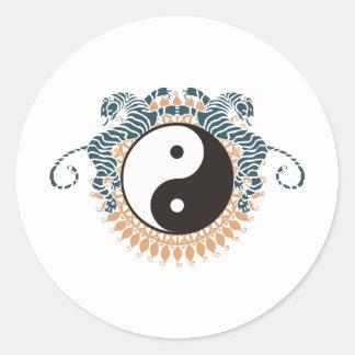 Tigres y Yin Yang Etiquetas Redondas