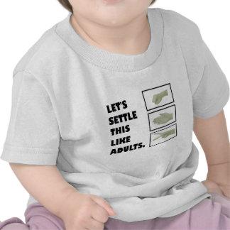 Tijeras de papel de la roca camisetas
